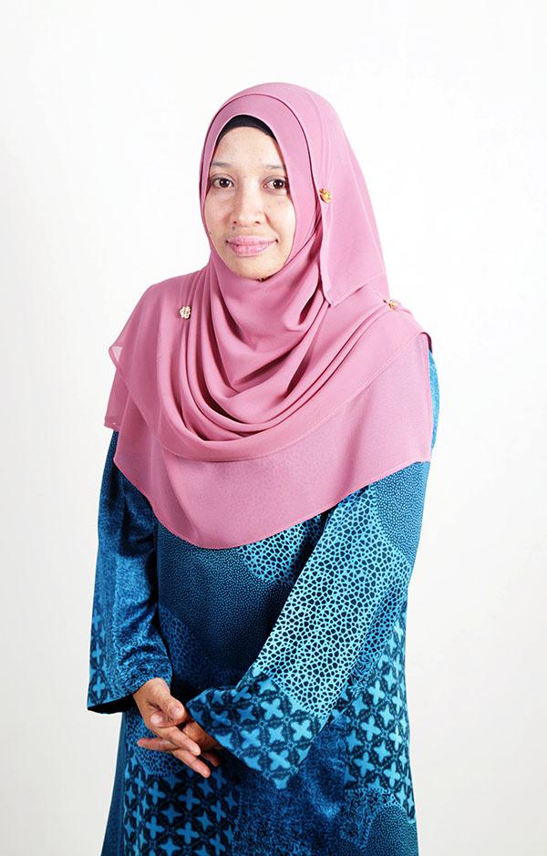 Dr Siti Armiza Mohd Aris